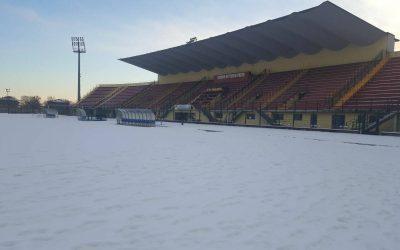 """Neve sullo stadio Pozzo, La Biellese """"in esilio"""" a Borgosesia. """"Risposta negativa dal Comune per pulizia campo"""""""